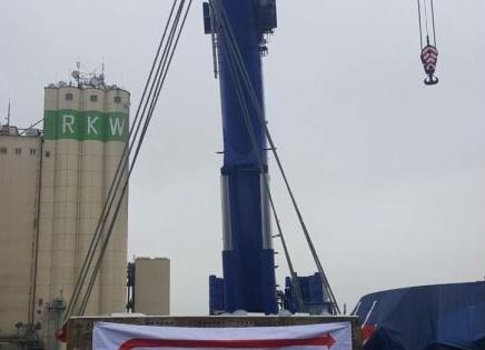 GRUBER in Bremen Handle Heavy Loads from Kehl to Porto Marghera