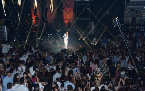 Zero Time Services Handle Logistics for Nikos Vertis Concert