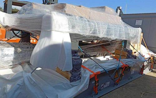 TransOcean with Transport of Fiber Laser Cutting Machine