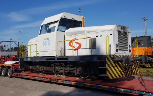 Livo Logistics Executes Road Transportation of Diesel Locomotive