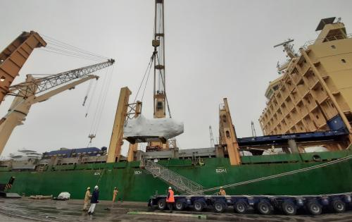 Fortune Italy Load Heavy Lift Cargo at Marghera