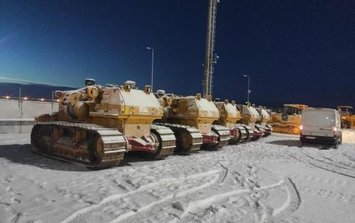 KGE Baltic & Livo Logistics Deliver Pipe-Layers to Tengiz Oil Field