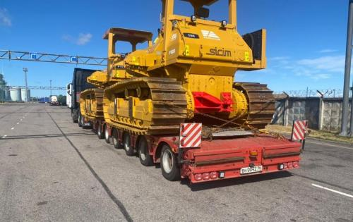 Eleven Danir 19 with Five Pipelayers from Mexico to Kazakhstan