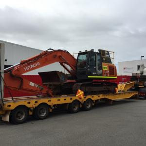 Westlink Logistics Manage Transport of Earth Moving Machines